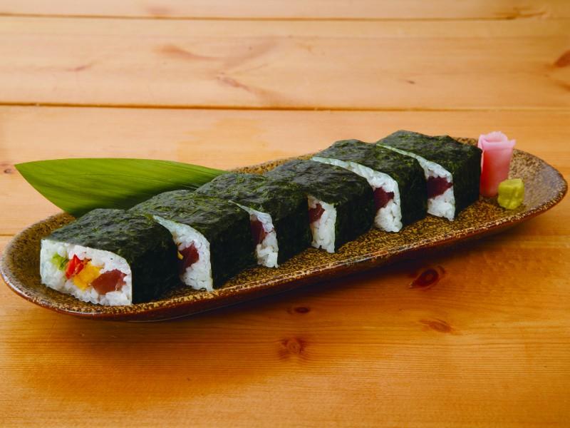 四色押し寿司の料理写真