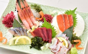 刺身五品盛合せの料理写真